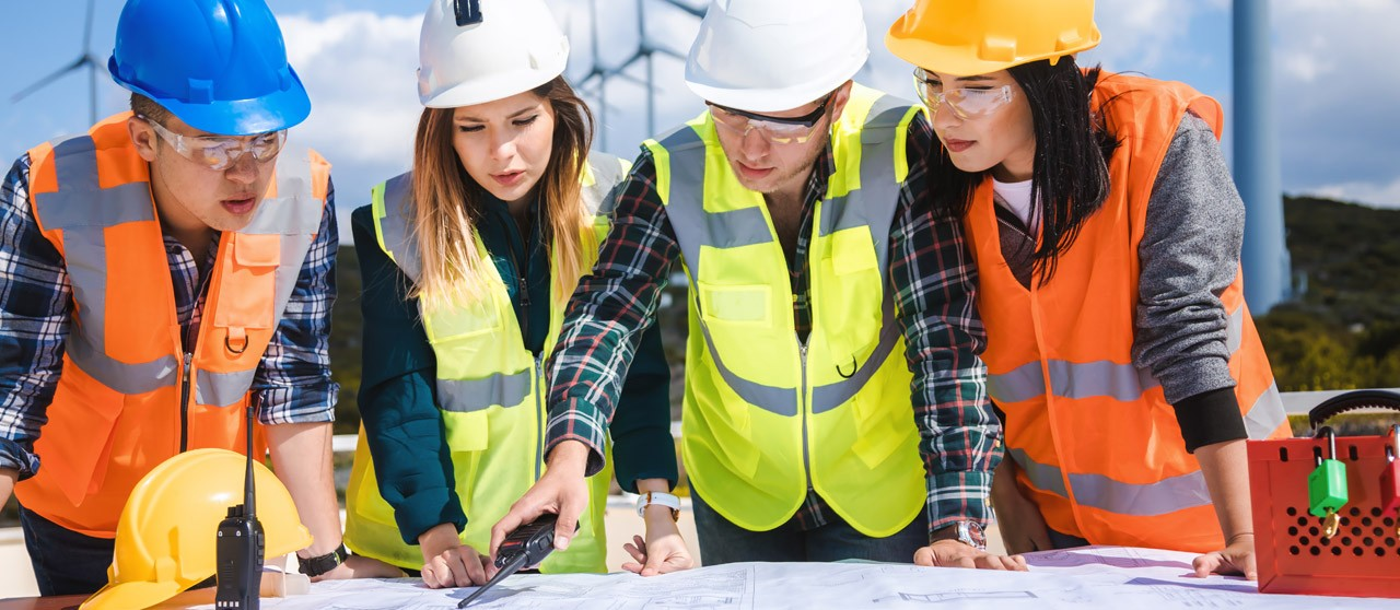 role of the subcontractor in relation to the owner of a project
